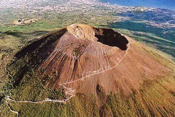 Vesuvius bezoeken vanuit Napels